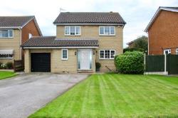 Detached House For Sale  14 Airedale Avenue South Yorkshire DN11