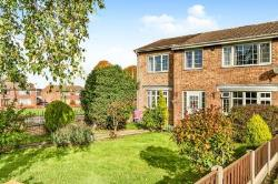 Detached House For Sale  1 Aldbury Close South Yorkshire S71