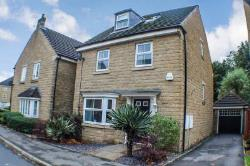 Detached House For Sale  35 Jilling Ing Park West Yorkshire WF12