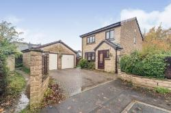 Detached House For Sale  Gomersal West Yorkshire BD19