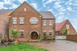 Detached House For Sale  Moss Road South Yorkshire DN6