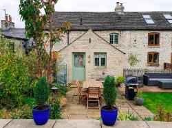 Terraced House For Sale  Tideswell Derbyshire SK17