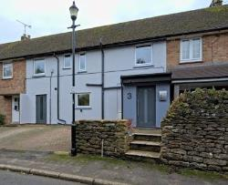 Terraced House For Sale  Daventry Northamptonshire NN11