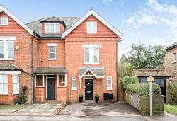 Semi Detached House For Sale  East Molesey Surrey KT8