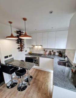 Semi Detached House For Sale  Southend-on-Sea Essex SS3