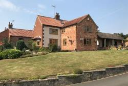 Detached House For Sale  Newark Nottinghamshire NG22