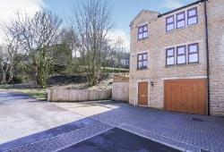 Semi Detached House For Sale  Oxenhope, Keighley West Yorkshire BD22