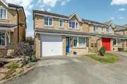 Detached House For Sale  Huddersfield West Yorkshire HD5