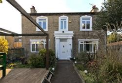 Detached House For Sale  Bradford West Yorkshire BD12