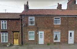 Terraced House For Sale  Roos, Hull East Riding of Yorkshire HU12