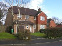 Detached House To Let  Tonbridge Kent TN11