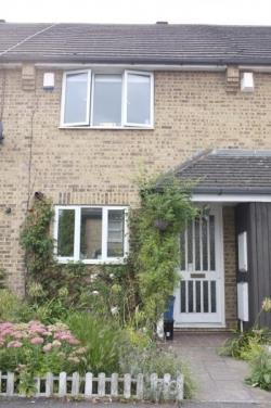 Semi Detached House To Let  Woodford Greater London E18