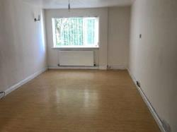 Semi Detached House To Let  Newtown Powys SY16