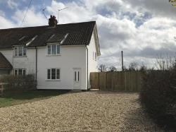 Semi Detached House To Let  Norwich Norfolk NR13
