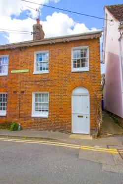 Terraced House To Let  Clare Suffolk CO10