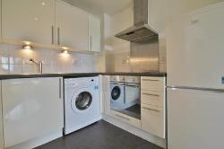 Flat To Let  Ilford, Essex IG1