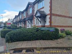 Terraced House To Let  Bromley Kent BR1