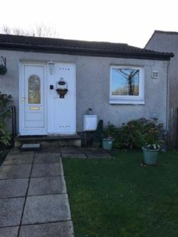 Semi - Detached Bungalow To Let  Cumbernauld Lanarkshire G68
