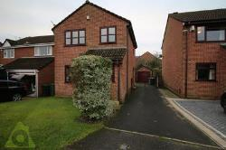 Detached House To Let  Bolton Greater Manchester BL5