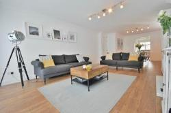 Flat For Sale  London Greater London NW4