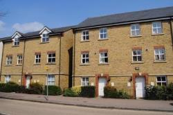 Flat To Let Berkhamsted HP4 2BS Hertfordshire HP4