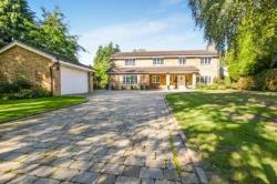 Detached House To Let  Woodland Rise Bedfordshire LU6