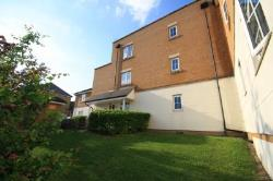 Flat To Let Purfleet Essex Essex RM19
