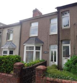 Terraced House To Let  Pontnewydd Torfaen NP44