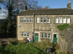 Semi Detached House To Let  Marsden West Yorkshire HD7