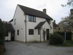 Detached House To Let  Kempsford Gloucestershire GL7