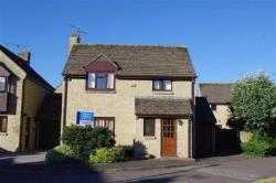 Detached House For Sale  Lechlade Gloucestershire GL7