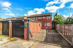 Semi Detached House For Sale  Nr Warwick University - 5 Letting Rooms West Midlands CV4