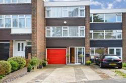 Terraced House For Sale  CM14 Essex CM14