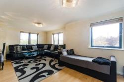 Flat To Let  North Wembley Middlesex HA9