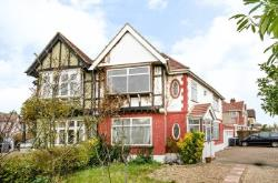 Terraced House To Let  Wembley Park Middlesex HA9