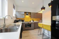 Terraced House For Sale  BINGLEY West Yorkshire BD16