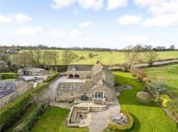 Detached House To Let HARROGATE WHINNEY LANE North Yorkshire HG3