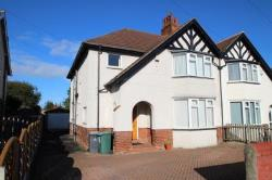 Semi Detached House To Let  LEEDS West Yorkshire LS16