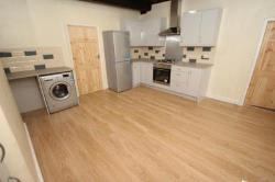 Semi Detached House To Let HORSFORTH LEEDS West Yorkshire LS18