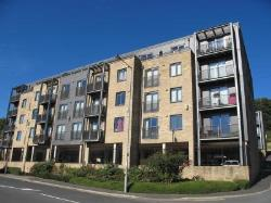 Flat To Let  BAILDON West Yorkshire BD17