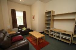 Flat To Let  CENTRAL WAKEFIELD West Yorkshire WF2