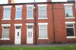 Terraced House To Let NEWTON HILL WAKEFIELD West Yorkshire WF1