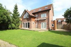 Detached House To Let ULLESKELF TADCASTER North Yorkshire LS24