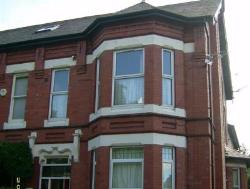 Flat To Let  Sale Greater Manchester M33