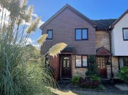 Terraced House To Let   Kent BR3