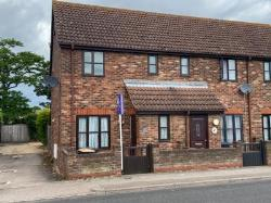 Terraced House To Let  Wootton Bedfordshire MK43