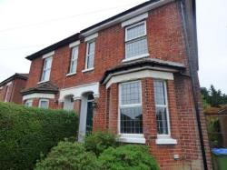 Semi Detached House To Let  Southampton Hampshire SO14