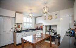 Semi Detached House To Let  Dunmow Essex CM6