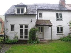 Terraced House To Let  Bromsgrove Worcestershire B60