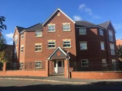 Flat To Let  Bromsgrove Worcestershire B60